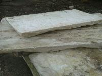 WE HAVE GREAT STOCKS OF THE BEAUTIFUL PAVEMENT IN ANCIENT STONE(STONE OF BOURGOGNE).